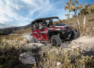 2018 Polaris GENERAL 4 1000 EPS RIDE Command Edition